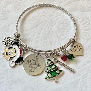 Mickey Christmas Charm bracelet